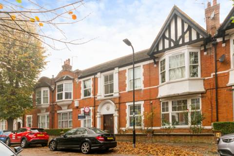 View full details for Northcote Avenue, Ealing Broadway, W5