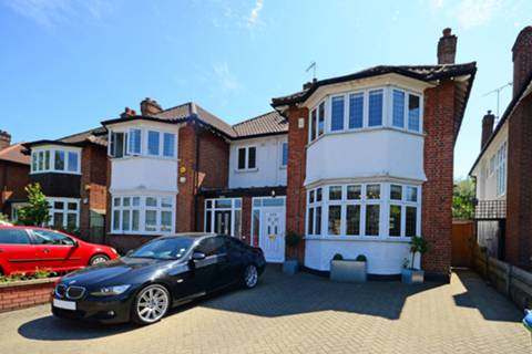 View full details for Upper Richmond Road West, Richmond, TW10