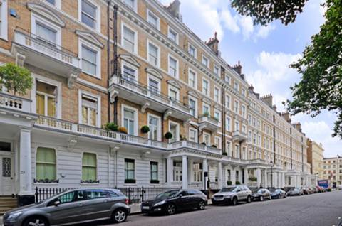 View full details for Queens Gate Gardens, South Kensington, SW7
