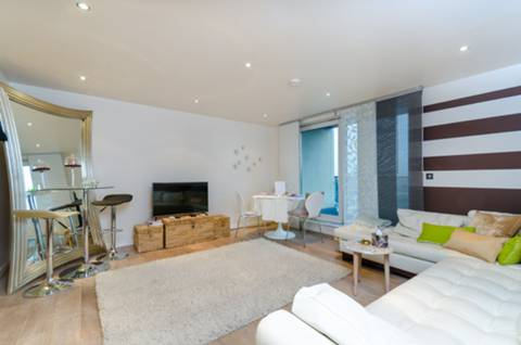 View full details for Fountain House, Imperial Wharf, SW6