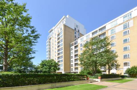 View full details for Belgrave Court, Canary Wharf, E14