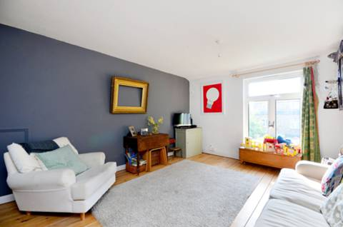View full details for Cardinals Way, Archway, N19