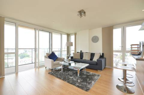 View full details for Panoramic Tower, Poplar, E14