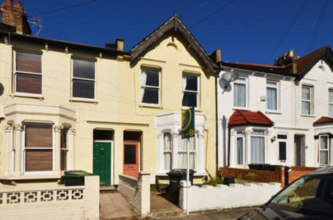 View full details for Palace Road, Bounds Green, N11
