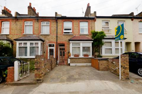 View full details for Dean Road, Hounslow, TW3