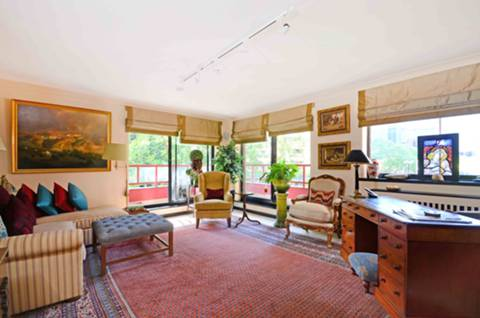 View full details for Balmoral House, Windsor Way, Brook Green, W14