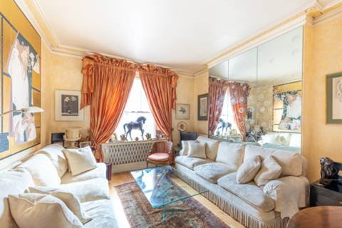 View full details for Cliveden Place, Belgravia, SW1W