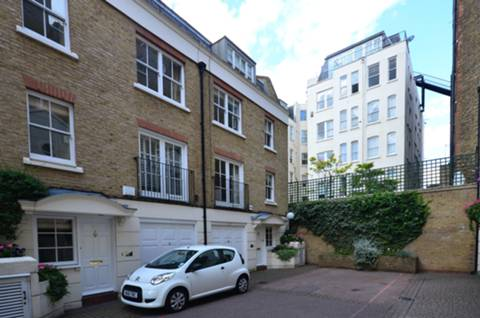 View full details for Hollywood Road, Chelsea, SW10