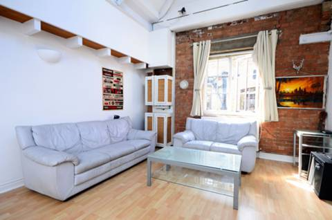 View full details for Breezers Court, Wapping, E1W