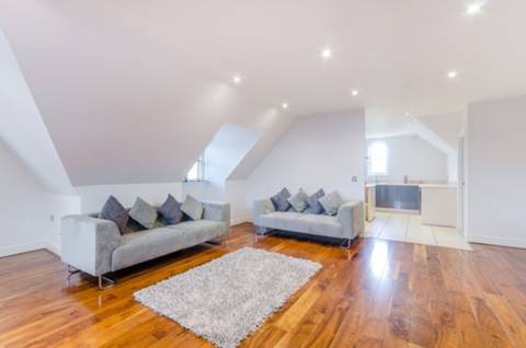 View full details for Park Royal House, Kingston Hill, SW15