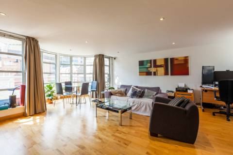 View full details for Leyden Street, Spitalfields, E1