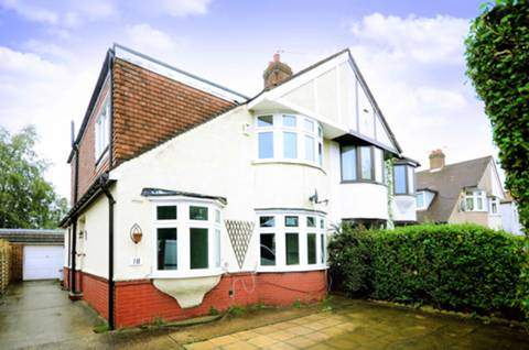 View full details for Brantwood Avenue, Isleworth, TW7