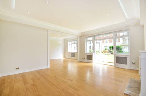 View full details for Kingston House North, Knightsbridge, SW7