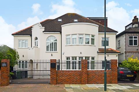 View full details for Alexander Avenue, Willesden Green, NW10