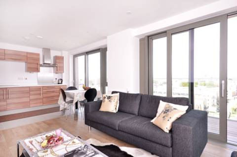 View full details for Bootmakers Court, Stepney, E1