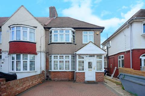 View full details for Central Avenue, Hounslow, TW3