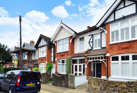 View full details for Pendle Road, Furzedown, SW16