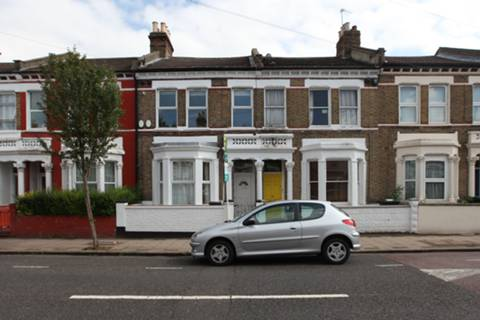 View full details for Solon Road, Clapham North, SW2