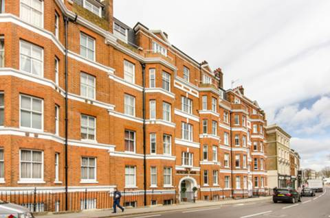 View full details for Hereford House, Chelsea, SW10