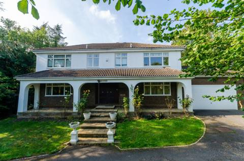 View full details for Hillside Road, Pinner, HA5