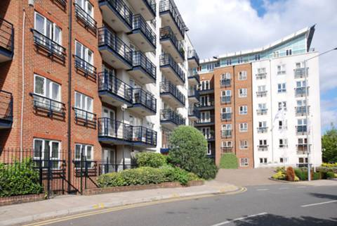 View full details for Alexander House, Kingston, KT2