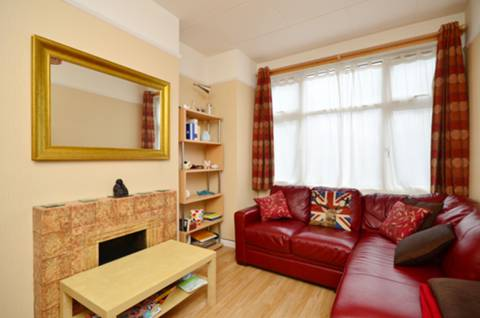 View full details for Franklyn Road, Willesden, NW10