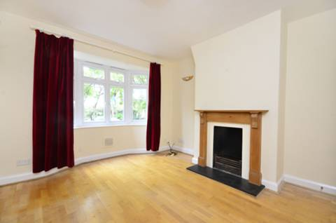 View full details for Godley Road, Earlsfield, SW18