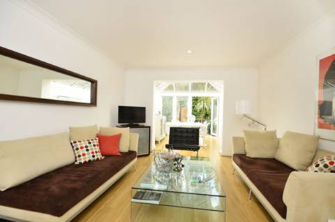 View full details for Riverdale Drive, Earlsfield, SW18