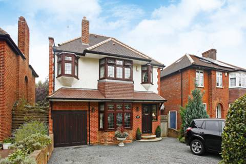 View full details for Oakwood Park Road, Southgate, N14