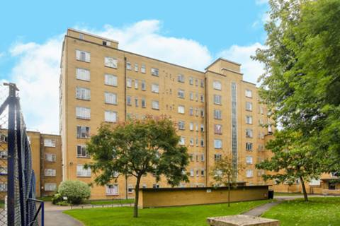 View full details for John Aird Court, Little Venice, W2