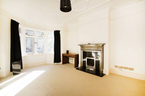 View full details for Woodbury Park Road, Pitshanger Lane, W13