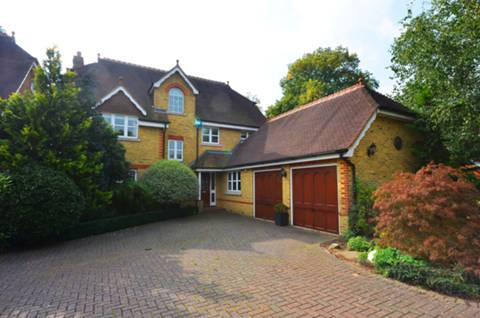 View full details for The Wilderness, East Molesey, KT8