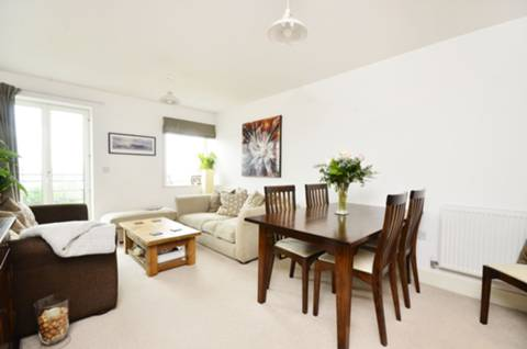 View full details for Holford Way, Roehampton, SW15