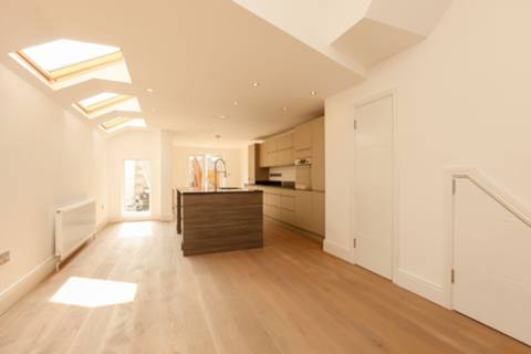 View full details for Lilford Road, Camberwell, SE5