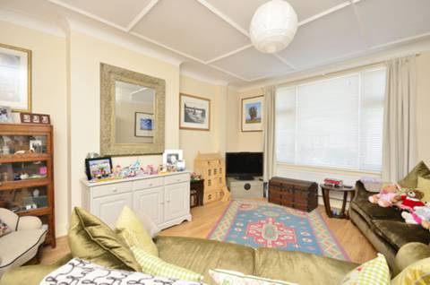 View full details for All Souls Avenue, Kensal Green, NW10