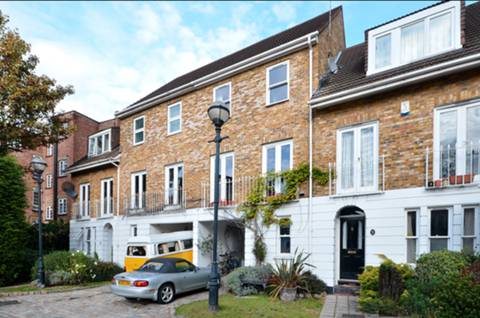 View full details for Robinscroft Mews, Greenwich, SE10