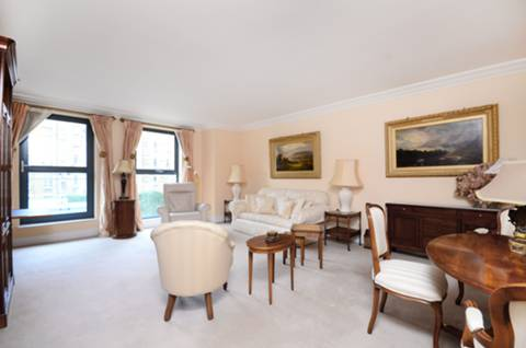 View full details for Chelsea Gate Apartments, Chelsea, SW1W