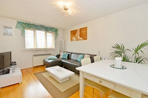 View full details for Cherry Blossom Close, New Southgate, N13