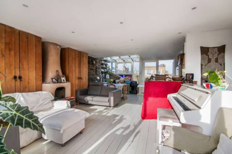 View full details for Chesterton Road, North Kensington, W10
