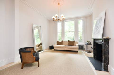 View full details for Primrose Hill, Primrose Hill, NW1
