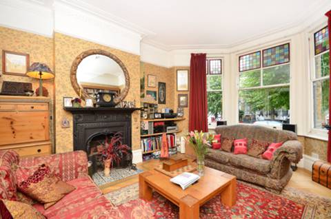 View full details for Thistlewaite Road, Clapton, E5