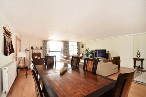 View full details for Merchant Court, Wapping, E1W