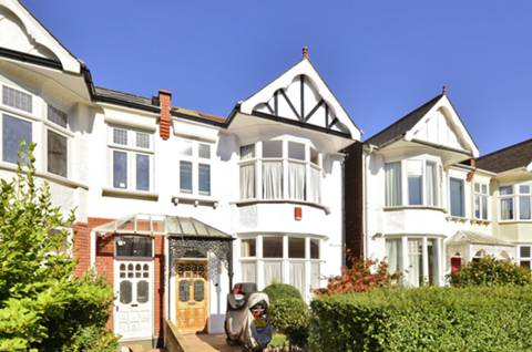 View full details for Caddington Road, Cricklewood, NW2
