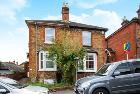 View full details for Upperton Road, Guildford, GU2