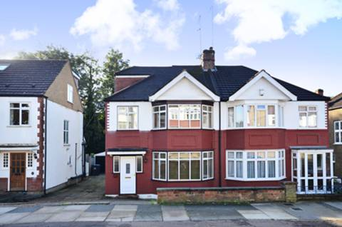 View full details for Willow Walk, Winchmore Hill, N21
