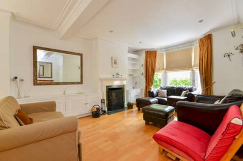 View full details for Rosaville Road, Parsons Green, SW6