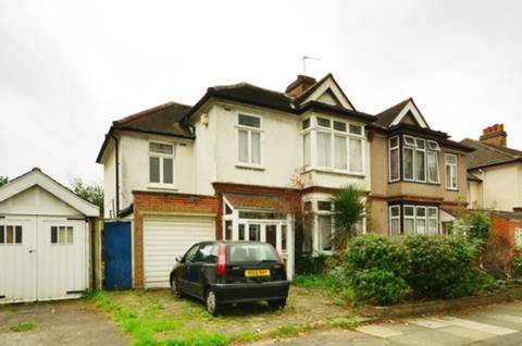 View full details for Newquay Road, Catford, SE6
