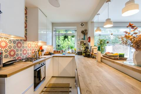 View full details for Teignmouth Road, Mapesbury Estate, NW2