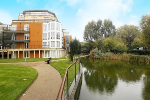 View full details for Coleridge Gardens, Chelsea, SW10