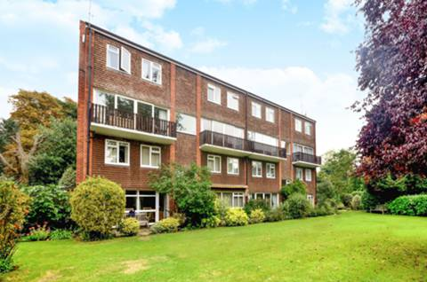 View full details for Broom Close, Teddington, TW11